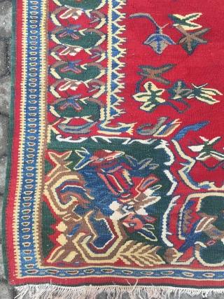 Fine antique Persian Bidjar kilim with roses pattern, size: 200x140cm / 6'6''ft x 4'6''ft