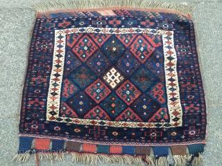 Antique Kurdish Jaf bagface. Size : ca 77cm x 65cm / 2'6''ft x 2'2''ft