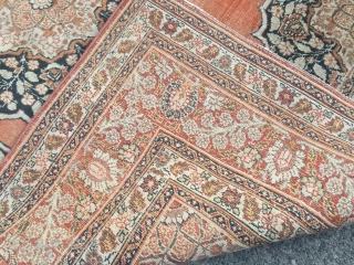 Fine antique Persian Tabriz Haji Jalili rug, size: ca. 175x125cm / 5'8''ft x 4'1''ft Age: 19th century