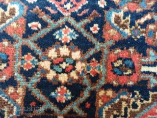 Malayer rug. Full overall pile, low in some areas. No repairs, chain secured, ready to be used. Soft shiny wool. 201x140cms, (A1604004)
