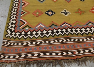 Lovely golden fine Qashqui killim  (circa 1900) size 275x145 .
