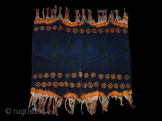 "Woman's shawl cod. 0520. One of the items posted on my new website www.nonplusultra.cloud. Wool traditional dyes. Zangstar region. Laddak. First half 20th. century. Very good condition. Cm. 80 x 93 (2'7""  ..."