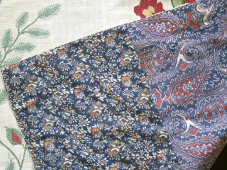 Suzani cod. 0557. One of the items added on my new website www.nonplusultra.cloud. Silk embroidery on cotton natural dyes. Uzbekistan. First half 19th. century. The condition is very good, with 1-2 tiny  ...