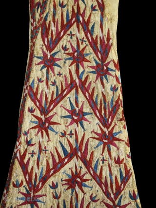Woman's yellow Chyrpy fragment cod. 0679. One of the items posted on my new website www.nonplusultra.cloud.  Silk embroidery on silk. Turkmen people. Central Asia. Early 19th. century. Good condition. Cm. 42  ...