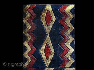 "Bench back cod. 0311. One of the new items just posted on my website www.nonplusultra.cloud. Wool with traditional colour. Ethiopia. Early/mid. 20th. century. Very good condition. Cm. 25 x 174 h. (10""  ..."