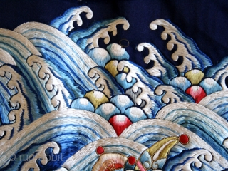 Robe fragment cod. 0175. One of the new items just added on my website www.nonplusultra.com.  Silk embroidery on silk. China. 19th. century. The silk is in outstanding condition, stable with no splits  ...