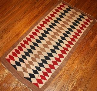 #1B57 Hand made antique American-Indian Navajo rug 2.5' x 5.10' ( 76cm x 183cm) 1920.C