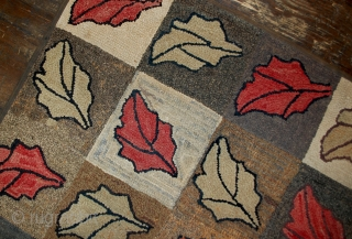 Handmade antique American hooked rug 2.2' x 3.4' ( 67cm x 103cm ) 1900s - 1B500