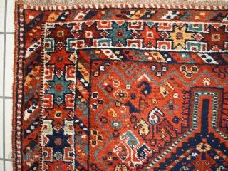 #1C449  Hand made antique Persian Gashkai rug 3.8' x 5.2' ( 116cm x 160cm ) 1920.C