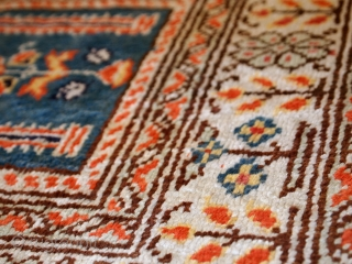 #1C390  Hand made vintage Turkish Kayseri runner 2' x 5.6' ( 61cm x 171cm ) C.1960