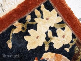 #1C543  Handmade vintage silk Chinese mat rug 1' x 2' ( 31cm x 63cm ) C.1980s