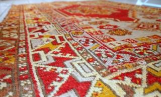 #1C447  Hand made antique Turkish Anatolian rug 3.5' x 5.2' ( 107cm x 161cm ) C.1920