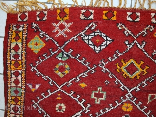 #1C435  Hand made antique Moroccan Berber rug 5.8' x 9.8' ( 178cm x 300cm) 1910.C