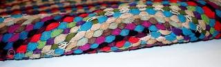 #1C71  Hand made vintage American Braided rug 3.2' x 4.1' ( 97cm x 125cm ) C.1970