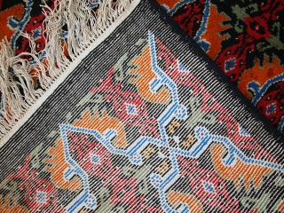 #1C443  Vintage Moroccan Berber rug 6' x 9.8' ( 185cm x 300cm) 1970.C