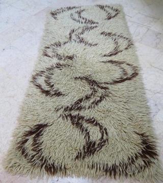Central Anatolian tullu rug .273 x 100 cm