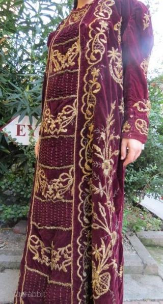 Turkish ottoman antique kaftan , 19 century silver and gold thread , on velvet ,lining cotton. www.eymen.com.tr