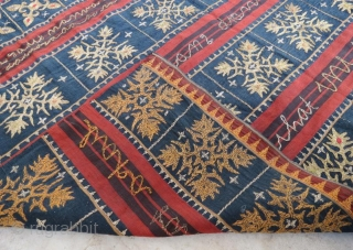 Endonesian textile with metalic embridered in good condition,128 x 120 cm