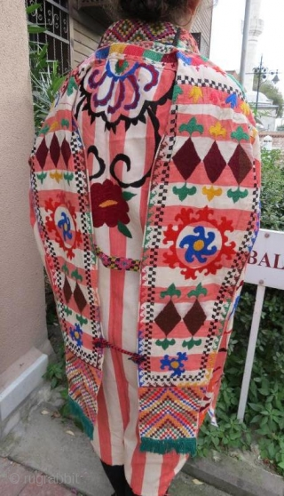 Uzbek Chirpi with silk embroidery in good condition