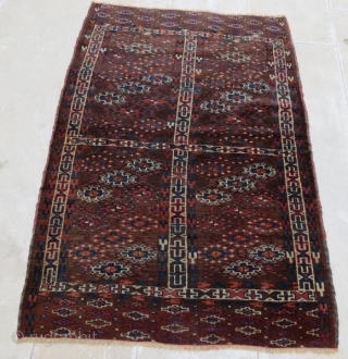 Yamut Rug with little damage pure wool natural color ,140 x 100 cm