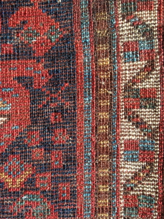finely woven south west persian bag with beautiful striped back. exquisite fine silky wool with intense natural colors, especially this brillant kermes red  which makes the shots of a main vue  ...
