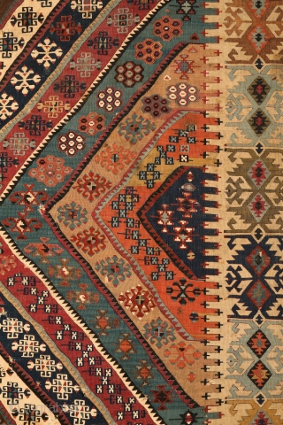 "Malatya ""Rashwan"" kilim, Eastern Anatolia mid to end 19th century, 172x355 cm"