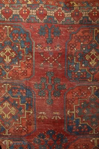 Early Ersari main carpet, around 1850, wool on wool, 270x215 cm. Nice asymmethrical archaic drawing with wonderful colors, greens, blues, reds, yellows... great scaling with the spaces between the güls, needless to  ...