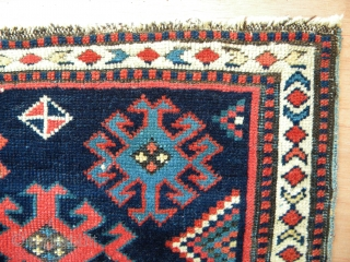 Caucasian pile bag face, 55 x 45 cms, excellent drawing with great space and balance, saturated natural colours, good pile length but short in the oxidizatised brown, blue cotton warps, edges professionally  ...