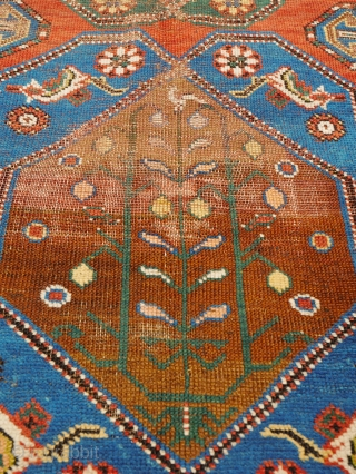 Antique Kazak 200x137cm Material:Wool on wool Manufacturing period:1850-1899 Country:Iran Condition:Overall in fair condition with traces of ageing and usage and low pile   This rare and unique handmade all-wool red-ground Caucasian Lambalo Kazak dates to the second  ...
