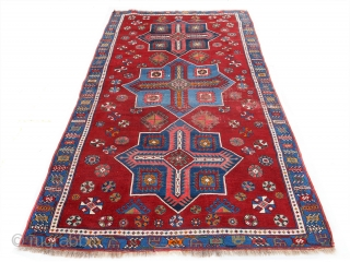 Likely an early 20th century Kazak with large Akstafa medallions in a very good condition with some wear and tear but outstanding colours to beat te gloom of these challenging times  Size:  ...