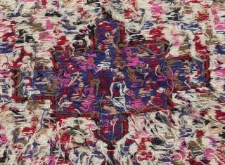 Authentic Verneh 130x100 cm semi-antique rug from the Caucasus. Beautiful colors. Excellent condition.