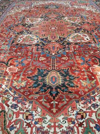 Persian Heriz Rug 373x295cm circa 1950-60s Condition: Excellent