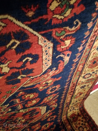 An antique Kömürcü Kula rug with 343/143 cm. Good shape with original endings and some spots of wear. No tinting. Some good old repairs. On wool foundation.