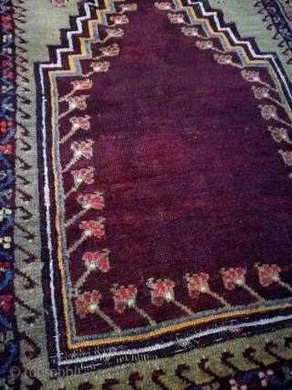 An old turkish prayer rug, very nice, but lot of anilin, sorry. 195/120 cm