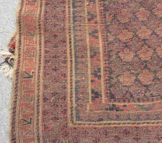 Antique Baluch Size.138x115cm