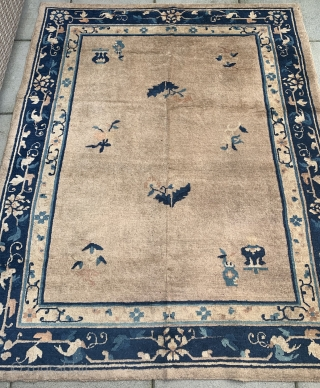 """Late19th Century  Chinese rug Measuring 5'10 x 4'8"""" Mint Condition"""