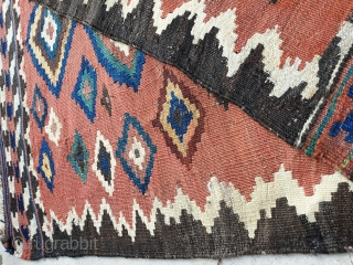 Good looking small qashqai kilim,  Have small restoration,circa 1940 90 * 75 cm