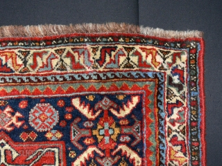 Ref 1304 Khamseh bag face. 1'8 x 2'4 - 50 x 71. Brilliant natural colours and good condition