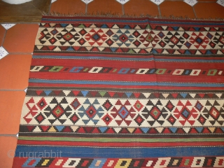 Ref 1430 Shirvan kelim circa 1880 all natural dyes.  9'8 x 5'7 - 293 x 170