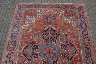 "Antique Heriz carpet 377 x 269 cm (12ft7"" x 9ft), around 1920. All natural dyestuffs, Condition: (very) good, good evenly medium to low pile (minor wear), 0riginal sides complete and intact (wear  ..."