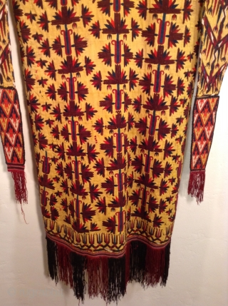 Turkmen chirpy, rare color.  Worn by married women or middle aged women.