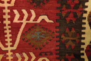 Kilim Konya, Obruk, Prayer Rug, ca 1890.  103 x 152 Cm. 3.4 ft. x 5 ft.
