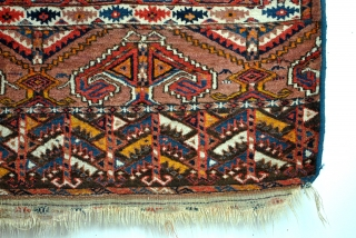 Turkmen Hatchlou, 172 x 165 Cms.