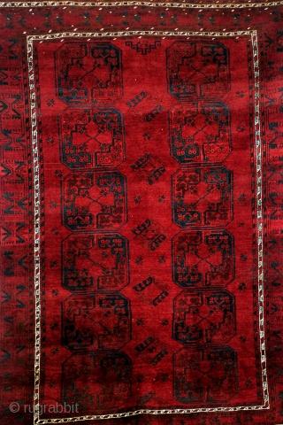 Ersari Bochara, in good condition, nice glow, 260 x 190 Cm. 8.6 ft x 6.3 ft.  www.tablesXL.com
