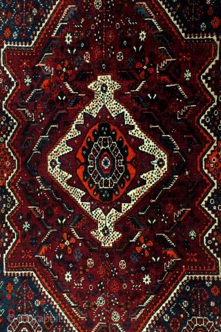 Qashqai, Kashkouli, 222 x 150 Cm. 7.4 feet x 5 feet. 40-ies.  Mid size nomadic rug. Very good condition.