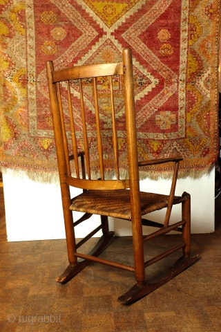 Lovely Shaker Children's Rocking Chair. 