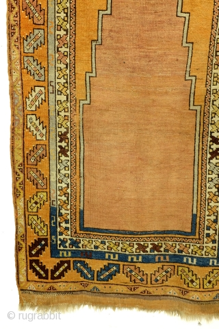 Anatolian prayer rug, from the historical town Niğde, between Yayahi and Karapinar.  The remarkable long and narrow trapped mihrab is characteristic for Niğde.   1900 - 1910, very good condition.   83 x 140  ...