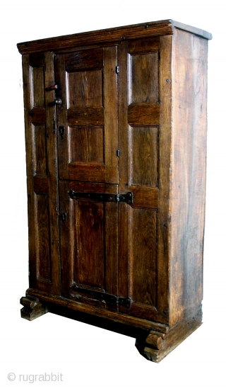 """16th century, oak, high 155 cm. 5ft 2"""". wide 93 Cm. 3ft 1"""".  Secret compartment.  Ask for details.  Hard to say if Flamish, Dutch or German."""