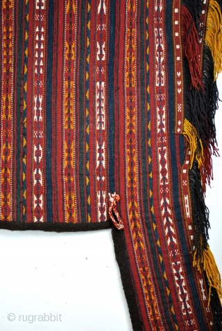 Ersari guheri-kilim horse blanket, 125 x 170 Cm.  The pattern is weft wise woven.  See last 2 photo's. one from the front the other turned over.  The rest of the backside is  ...