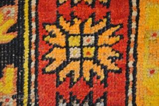 Prayer rug, Konya, Anatolia.  157 x 105 cm.   5.2 feet x 3.5 feet.   The lamp stand for the Holy Light.  Great Abrash!